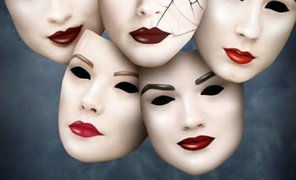 Pretty Little Liars Season 5 Poster: Who Will Crack Up?