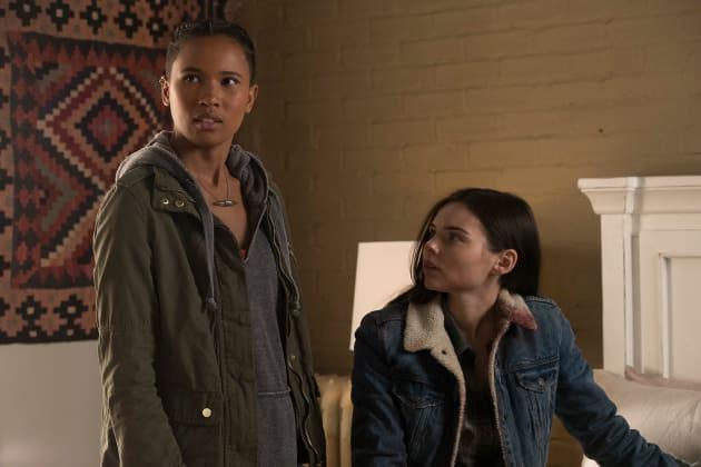 Maddie and Ryn - Siren Season 1 Episode 10