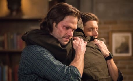 A Parting Hug? - Supernatural Season 14 Episode 13