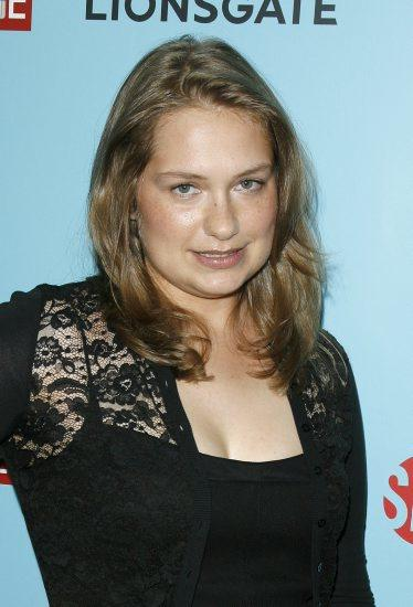 merritt wever the wire