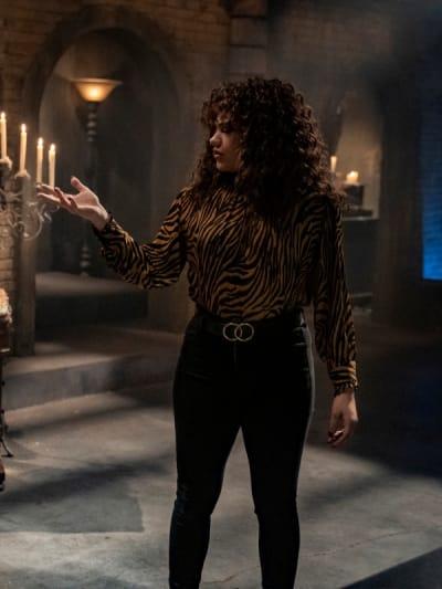 Maggie - Charmed (2018) Season 3 Episode 5 - Charmed (2018)