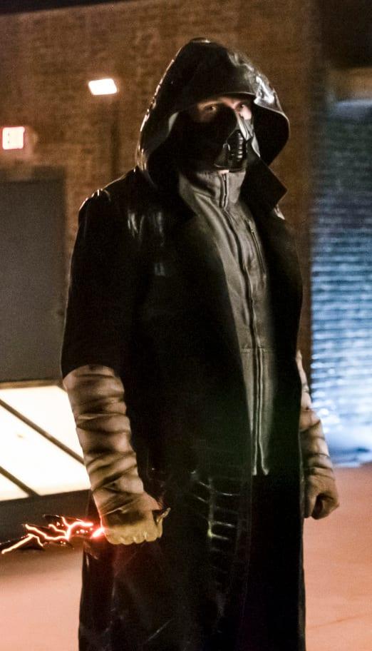 Intimidating Cicada - The Flash Season 5 Episode 14
