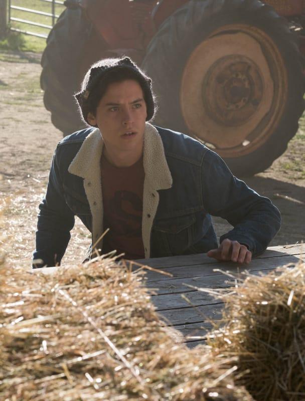 Trouble In Tumbleweeds - Riverdale Season 3 Episode 7