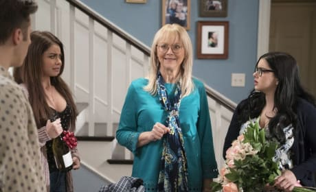 Dede's Unexpected Visit - Modern Family