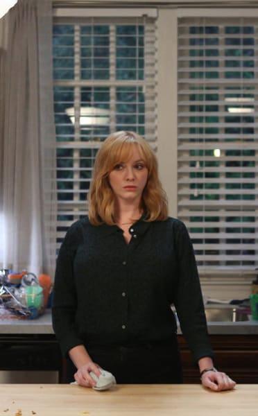 Thinking Things Over - Good Girls Season 2 Episode 6