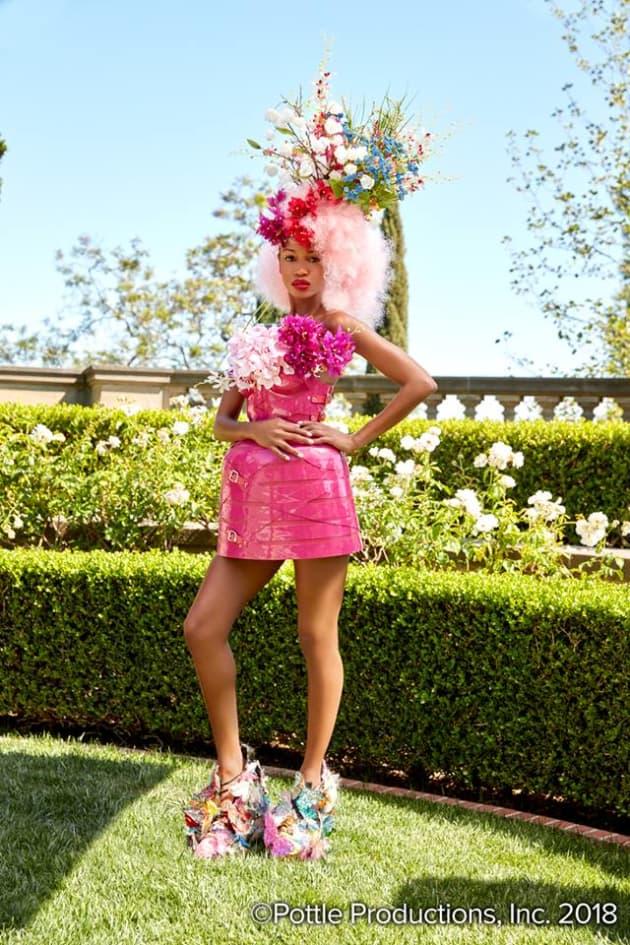 Christina (First Photo Shoot) - America's Next Top Model Season 24 Episode 1