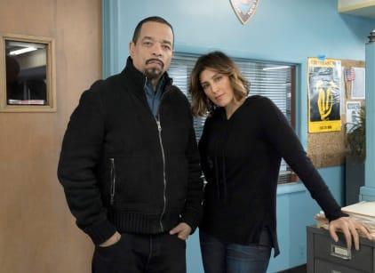 Watch Law & Order: SVU Season 20 Episode 15 Online