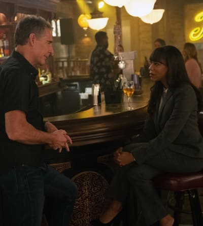 Partners in Crime - NCIS: New Orleans Season 5 Episode 19