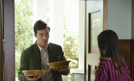 What Pies are These - Pretty Little Liars Season 5 Episode 12