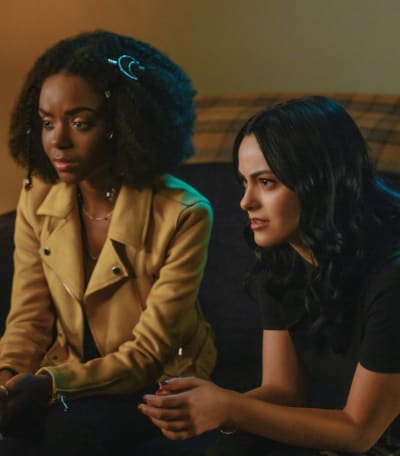 Girlfriends Unite - Riverdale Season 3 Episode 18