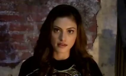 """Phoebe Tonkin Teases The Originals, Hayley's """"Kamikaze Mission"""" and More"""