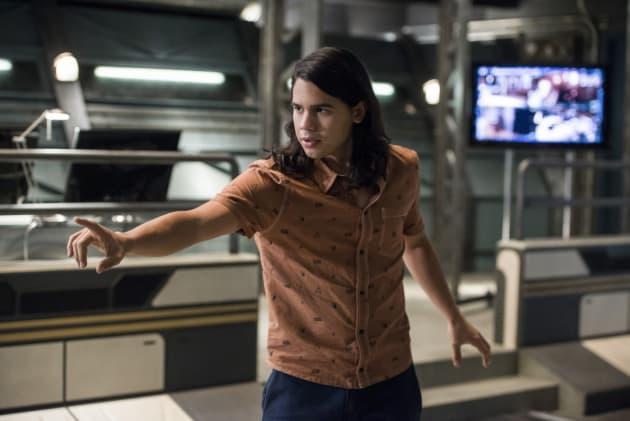 Cisco's Ready - The Flash Season 3 Episode 11