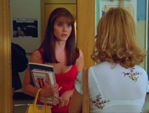 Almost Like We're Sisters - Buffy the Vampire Slayer Season 2 Episode 5