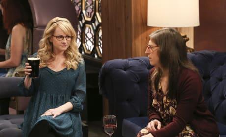 Girls Night Out - The Big Bang Theory Season 10 Episode 22
