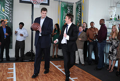 Kirby Schools a Knicks Player