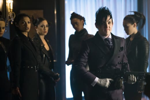 Penguin has Returned - Gotham Season 4 Episode 22