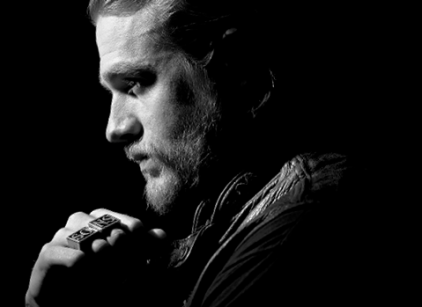 Watch Sons of Anarchy Season 7 Episode 1 Online