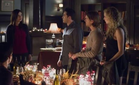 It's Friendsgiving! - The Vampire Diaries