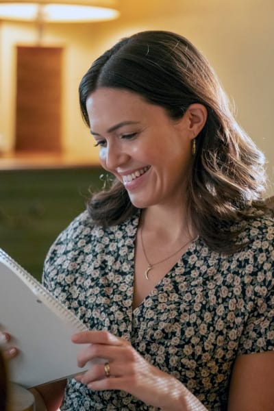 Her (Tall)  - This Is Us Season 3 Episode 18