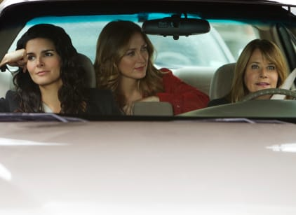 Watch Rizzoli & Isles Season 2 Episode 3 Online