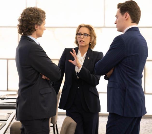 (TALL) Trying to Resolve a Crisis - Madam Secretary Season 5 Episode 6