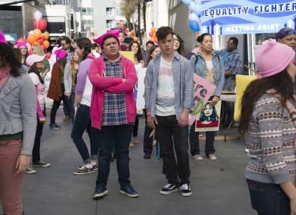 Watch Modern Family Season 8 Episode 19 Online