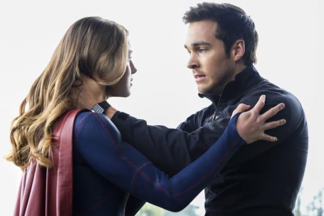 Saying Goodbye? - Supergirl Season 2 Episode 22