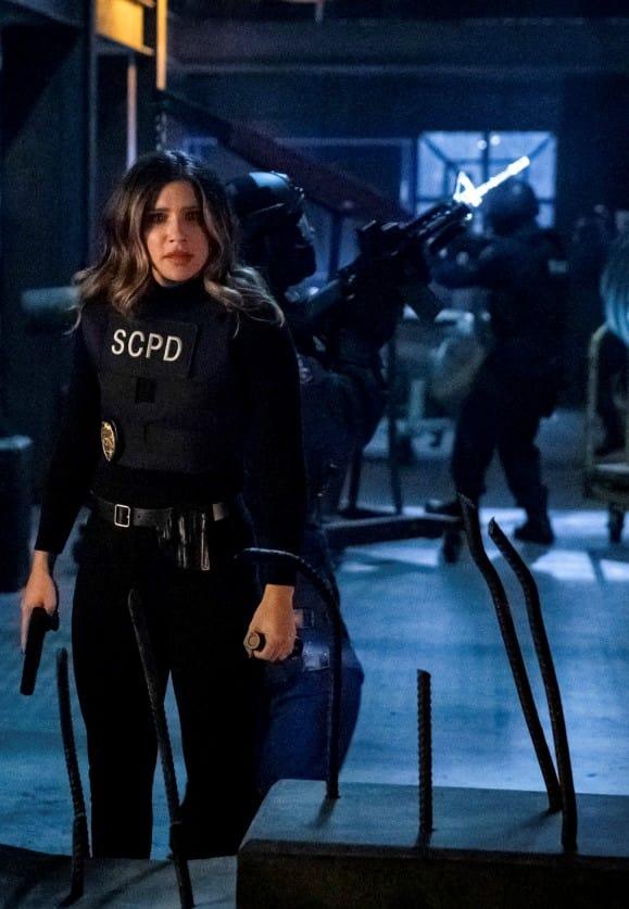 Saving the World - Arrow Season 7 Episode 11