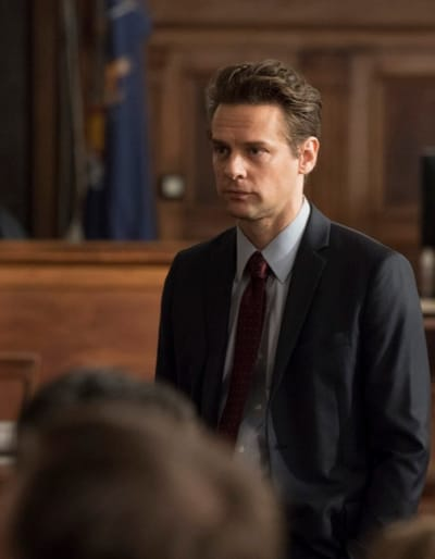 ADA Chris Hodges  (Tall) - Law & Order: SVU Season 20 Episode 8