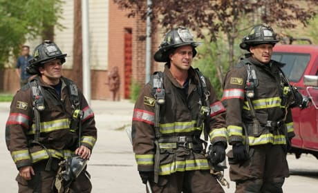 The Team In Action - Chicago Fire Season 5 Episode 4