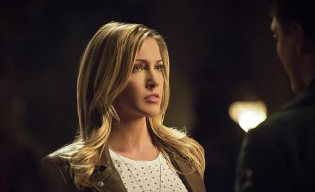 The Grieving Sister - Arrow Season 4 Episode 3