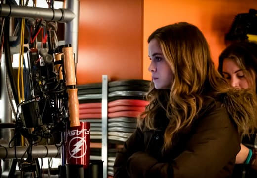 Danielle Panabaker Directs - The Flash Season 5 Episode 18