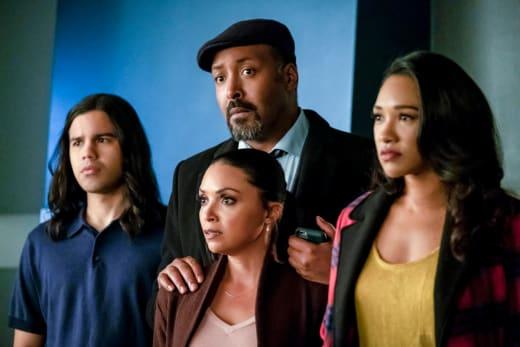 Team Flash Reacts  - The Flash Season 5 Episode 17