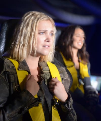 Clarke and Emori - The 100 Season 6 Episode 1