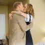 Smooches - Tall - Grey's Anatomy Season 16 Episode 1