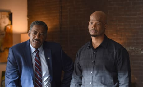 Secret Service - Lethal Weapon Season 2 Episode 11