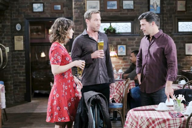 Hanging Out at the Pub - Days of Our Lives