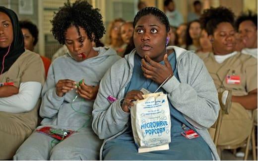 Movie Night at Litchfield: Orange is the New Black Season 4 Episode 10
