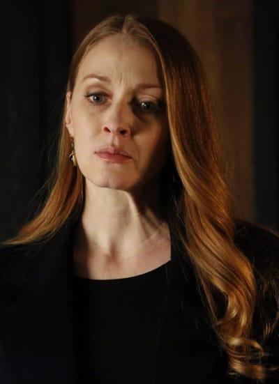 Anna Has a Plan - The Blacklist Season 6 Episode 21