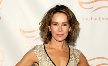 Grey's Anatomy Books Jennifer Grey for Midseason Arc
