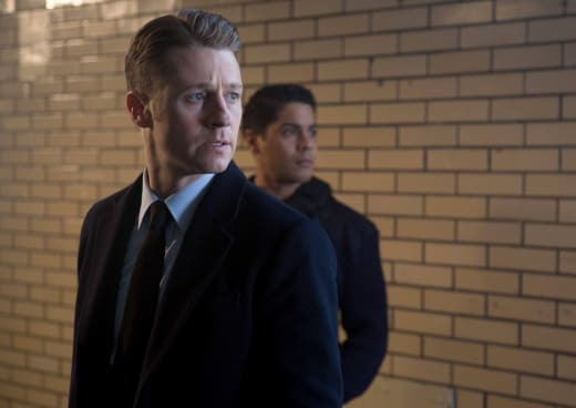Interruptions - Gotham Season 2 Episode 13