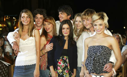 """Rachel Bilson and Melinda Clarke Respond to Mischa Barton's """"Perplexing"""" Claims About The OC"""