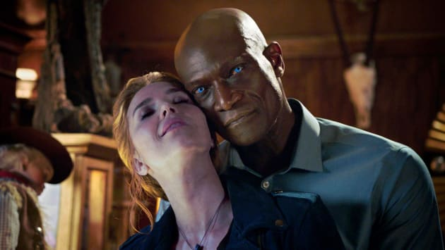 Midnight's Power Couple - Midnight, Texas Season 1 Episode 8