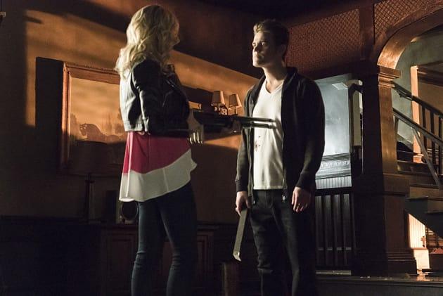 Don't Shoot! - The Vampire Diaries Season 6 Episode 17