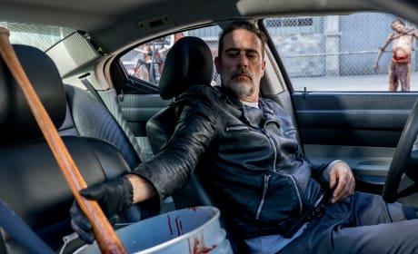 Lucille Gets A Bath - The Walking Dead Season 8 Episode 12