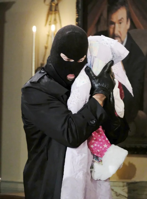 Holly is Kidnapped - Days of Our Lives