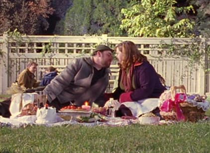 Watch Gilmore Girls Season 2 Episode 13 Online