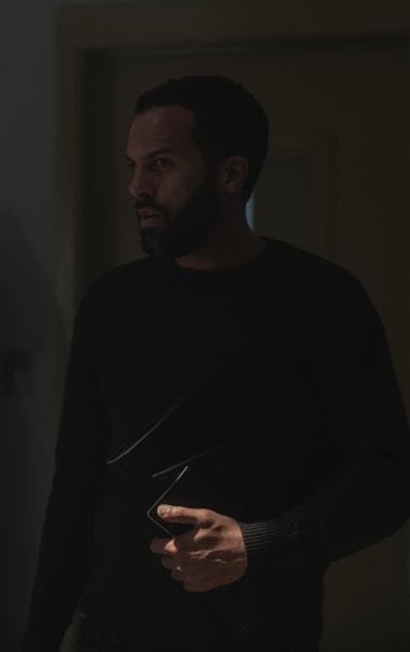 Luke  - The Handmaid's Tale Season 3 Episode 12