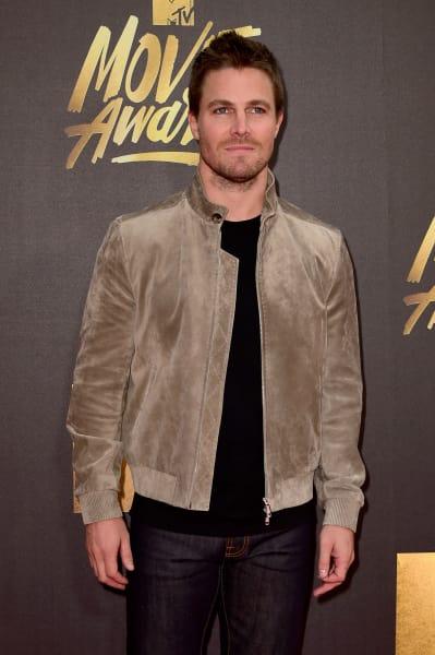 Stephen Amell Attends 2016 MTV Movie Awards