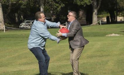 Watch Modern Family Online: Season 9 Episode 4